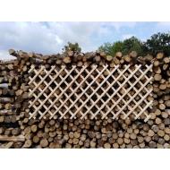 Dekorační dřevěná mříž